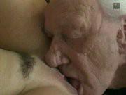 Групповуха стариков с молодыми проститутками